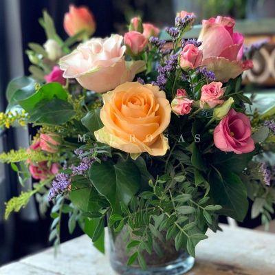 Cristal Detalle Floral Crema Rosa